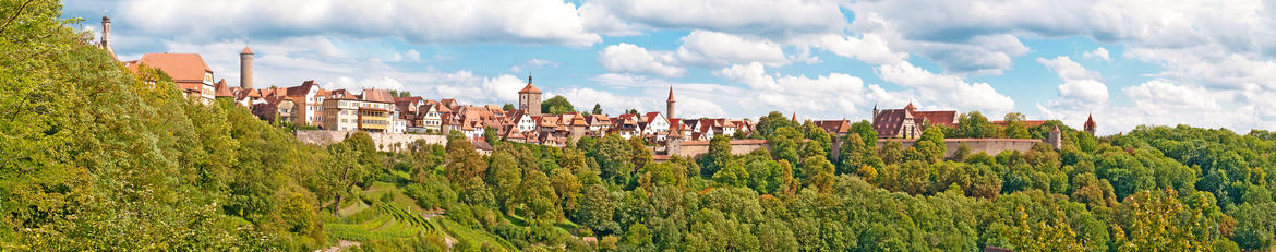 Rothenburg Tauber Panorama Fotolia 69144818 Subscription Monthly M2