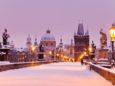Prag Weihnachten Advent Weihnachtsmaerkte Tschechien Fotolia 73400653 Subscription Monthly M