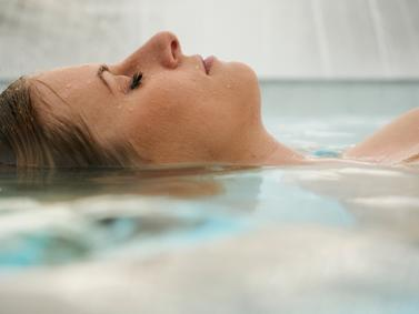 Wellness Kur Therme Thermal Schoenheit Beauty Entspannung Fotolia 109262935 Subscription Monthly M