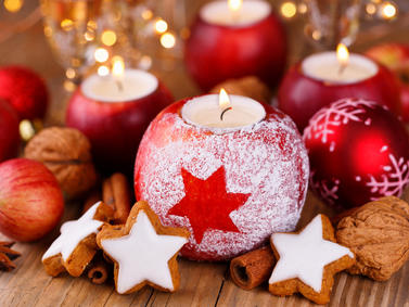 Kerzen Plaetzchen Sterne Weihnachten Advent Fotolia 95053443 Subscription Monthly M
