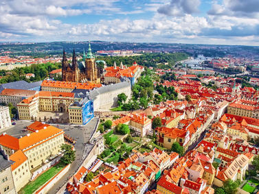 Prag Panorama Tschechien Fotolia 94899023 Subscription Monthly M