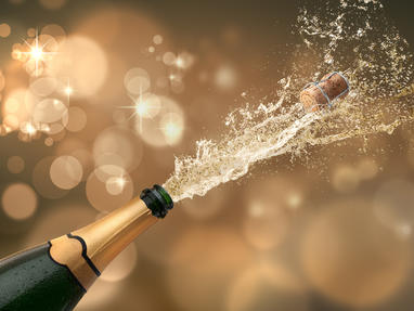silvester sekt neujahr feiern party fotolia 58356837 subscription monthly m