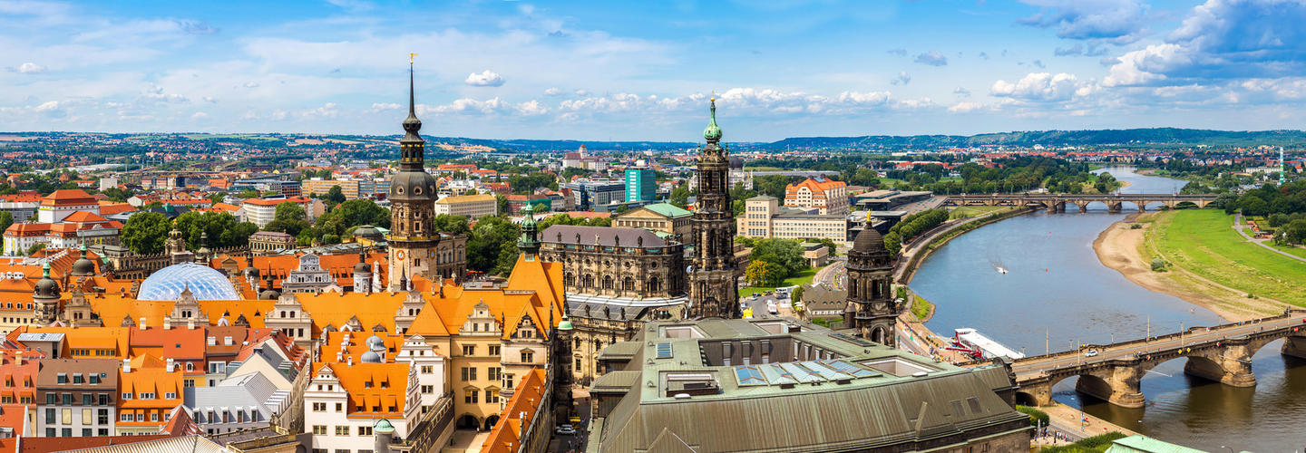 Dresden Skyline Fotolia 94723044 Subscription Monthly M