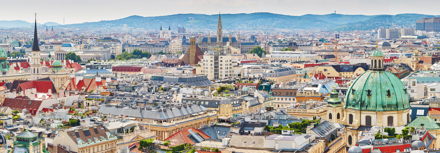 Wien Skyline Fotolia 88365667 Subscription Monthly M