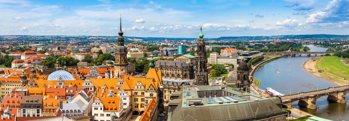 Dresden Skyline Fotolia 94723044 Subscription Monthly M3