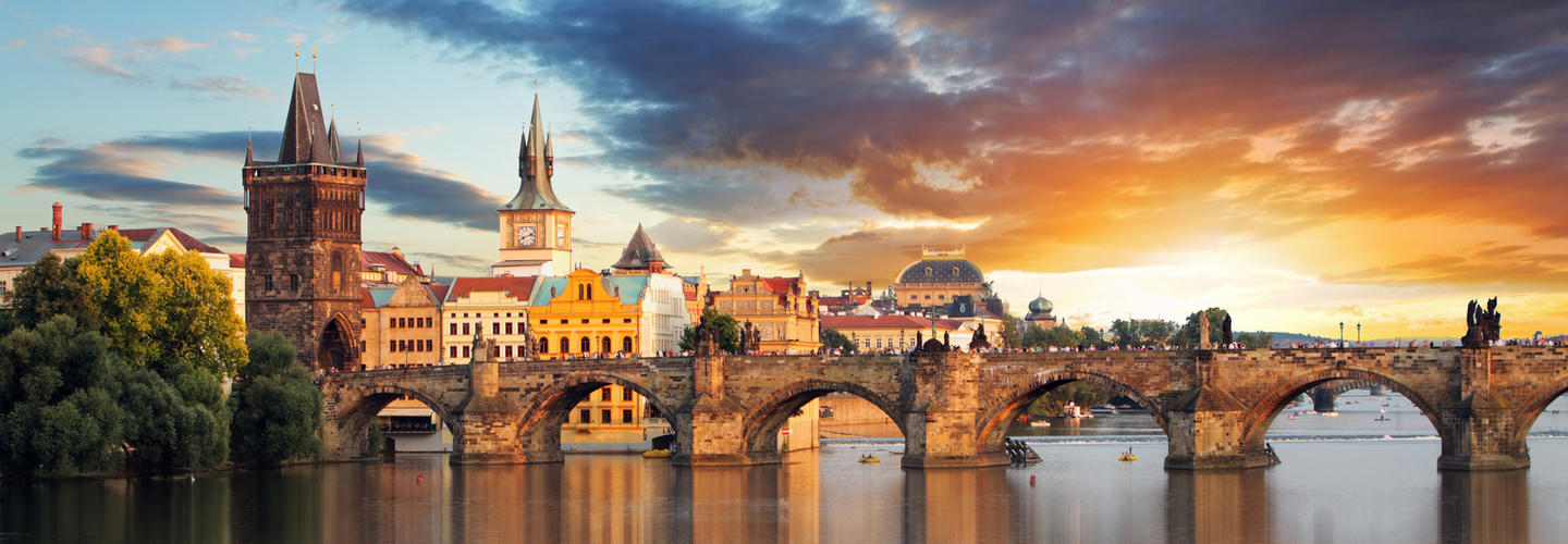 Prag Karlsbruecke Tschechien Fotolia 71073714 Subscription Monthly M