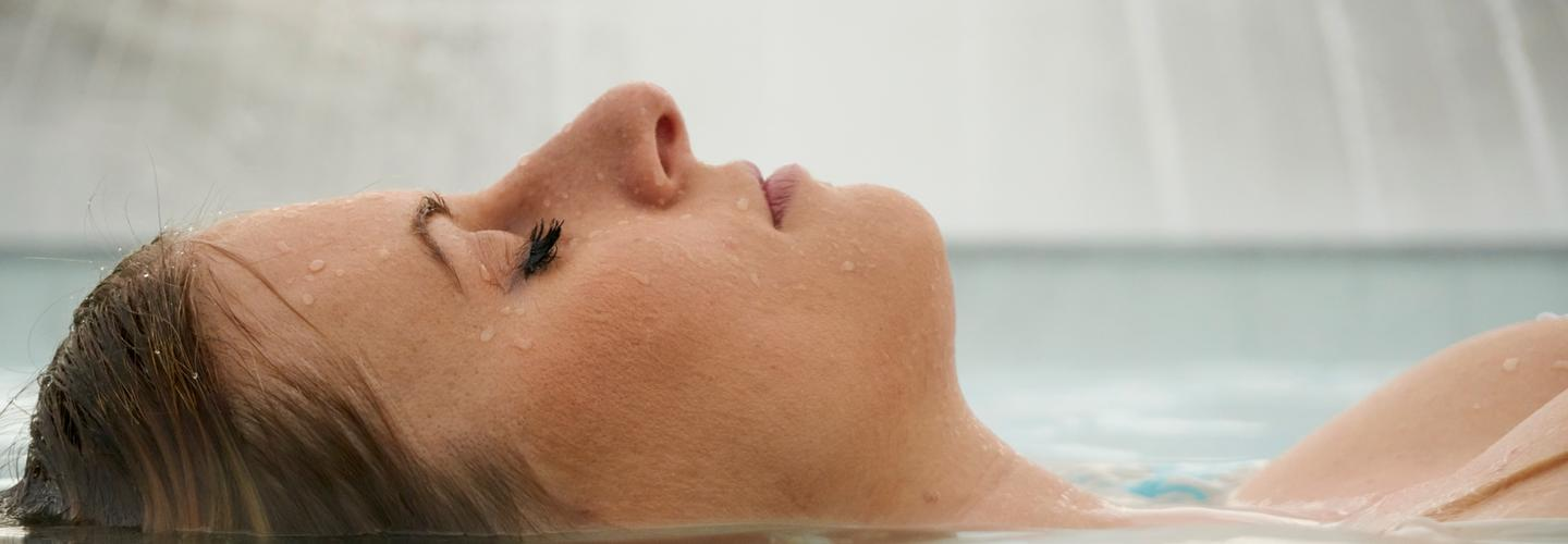 Wellness Kur Therme Thermal Schoenheit Beauty Entspannung Fotolia 109262935 Subscription Monthly M2