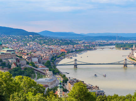 Budapest Panorama Ungarn Fotolia 93086247 Subscription Monthly M