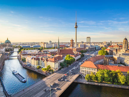 Berlin Skyline Fotolia 91600450 Subscription Monthly M