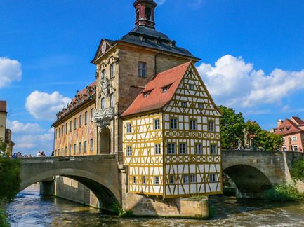 Bamberg Altes Rathaus Fotolia 79239941 Subscription Monthly M